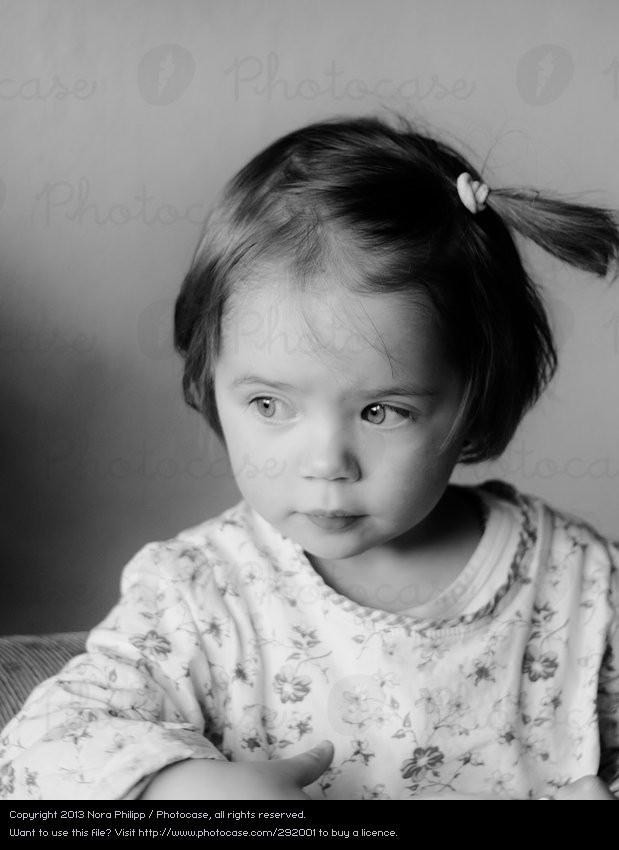 Kleinkind Frisuren Mädchen  Fine Mensch alt Mädchen ein lizenzfreies Stock Foto von