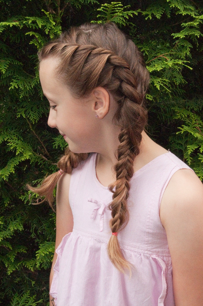 Kleinkind Frisuren Mädchen  Mädchen Flechtfrisuren Frisuren im Frisurenkatalog