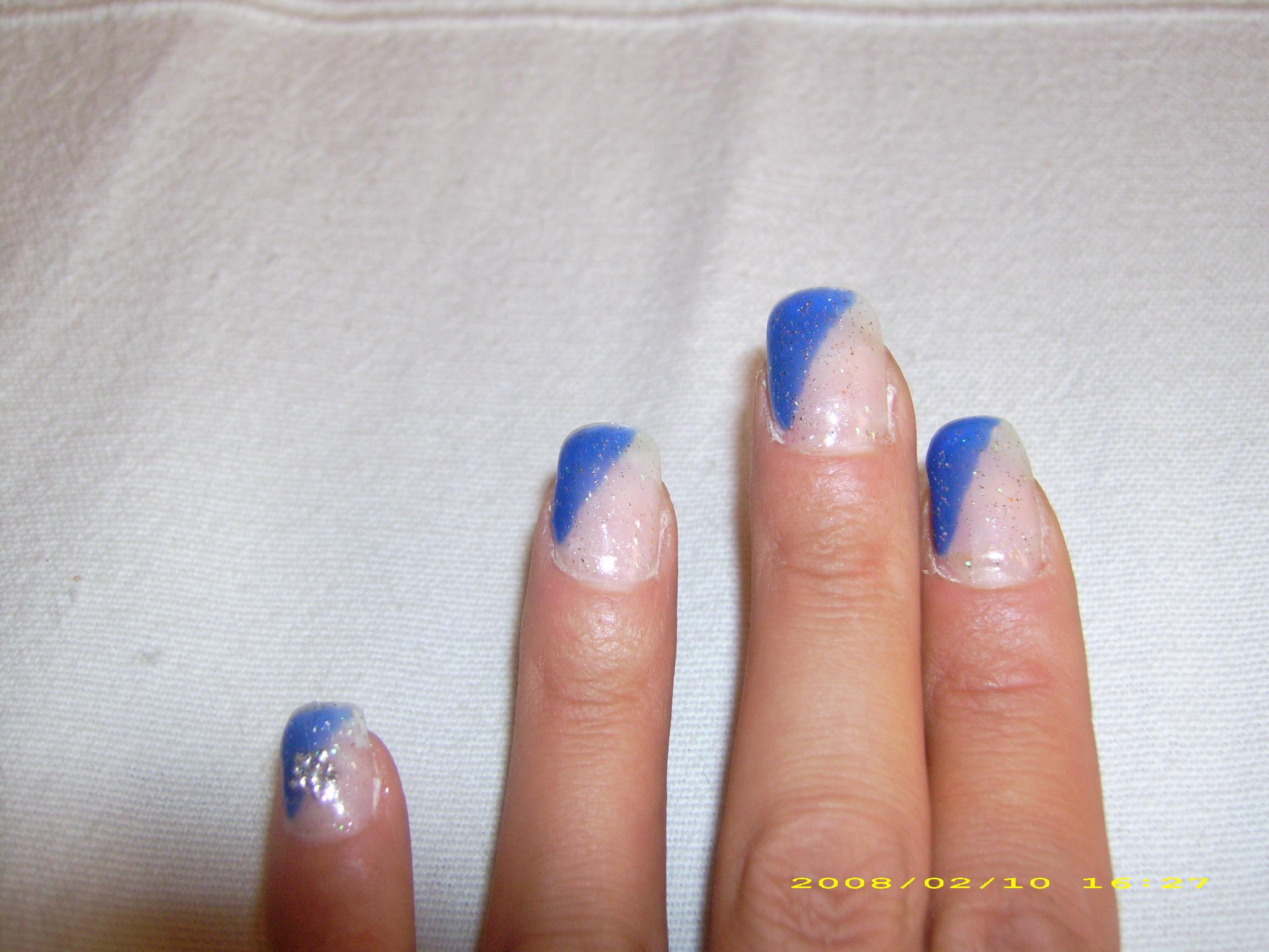 Kunst Nägel  Nail Art und Nageldesign Reiki