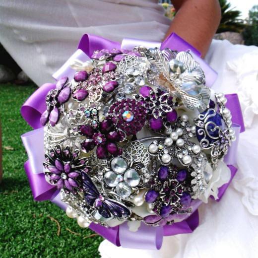 Künstlicher Brautstrauß  Künstlicher Hochzeitsstrauß Brautstrauß Foto aus Bändern