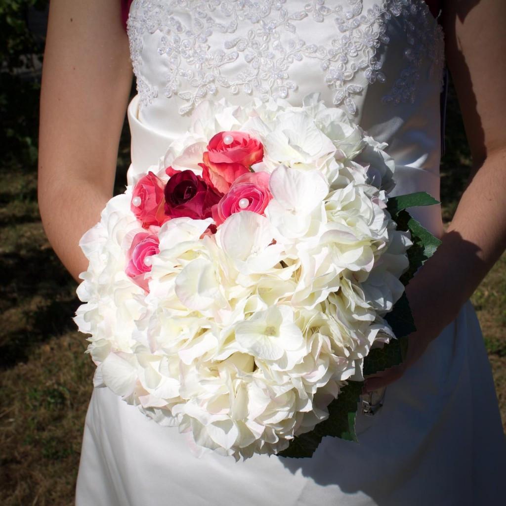 Künstlicher Brautstrauß  künstlicher Brautstrauß PARC Network