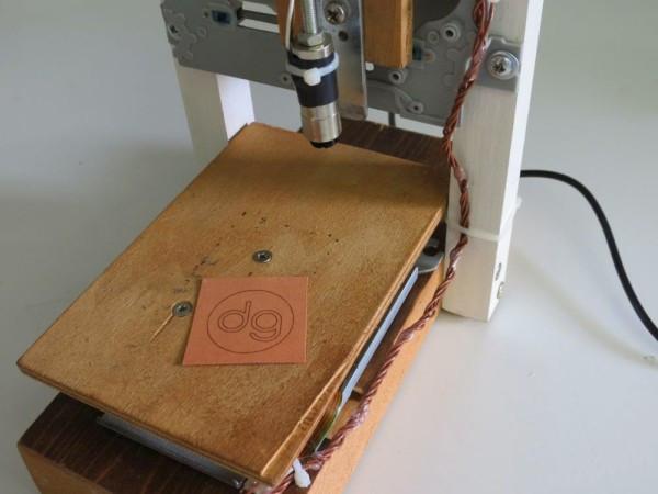 Laser Engraver Diy  A DIY laser engraver build using DVD and CD ROM writer