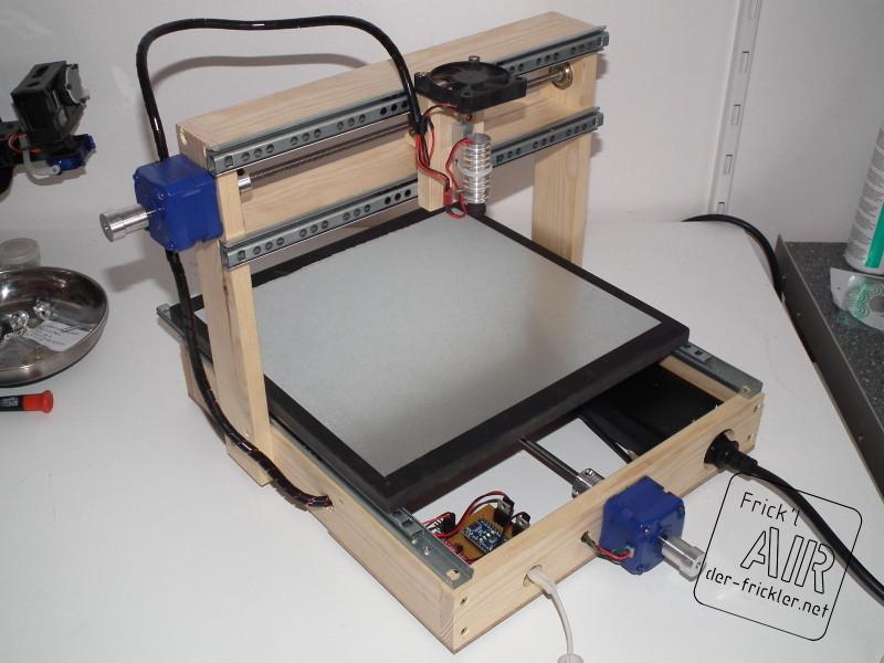 Laser Engraver Diy  DVD laser diode used to build a laser engraver