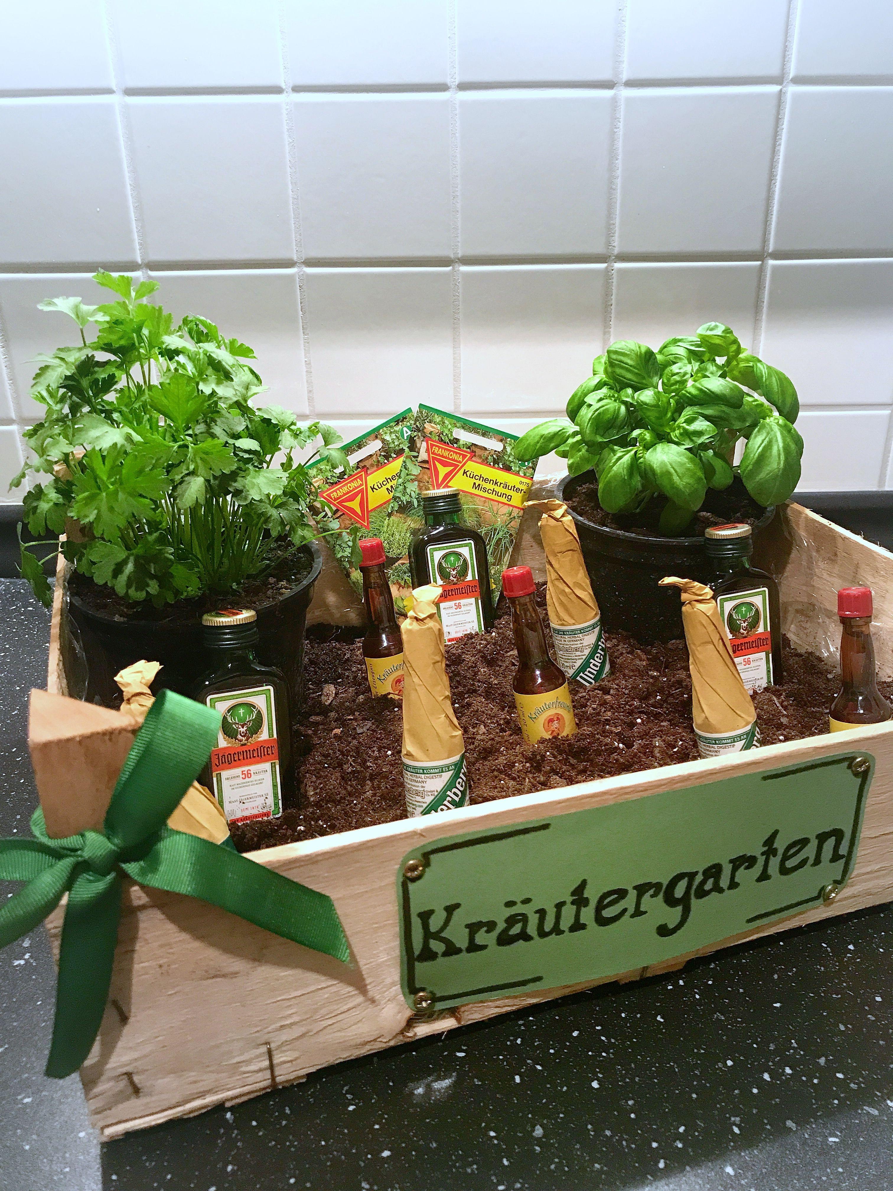 Lustige Geschenke Für Männer  Kräutergarten als Geschenk Kräutergarten für den Mann