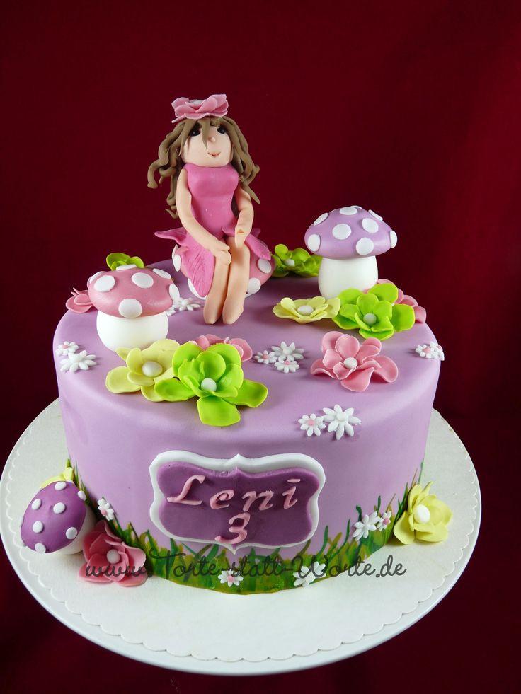 Mädchen Geburtstagstorte  Eine Torte für ein kleines Mädchen zum Geburtstag