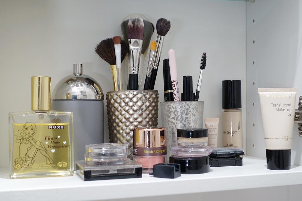 Make Up Aufbewahrung Diy  DIY Spiegelschrank Make up Aufbewahrung THE XED