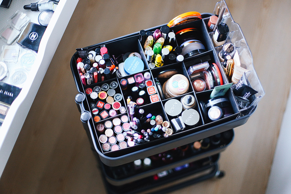 Make Up Aufbewahrung Diy  Mein Schminkbereich Makeup Aufbewahrung und Sammlung