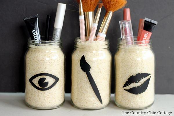 Make Up Organizer Diy  Chic DIY Makeup Organizer
