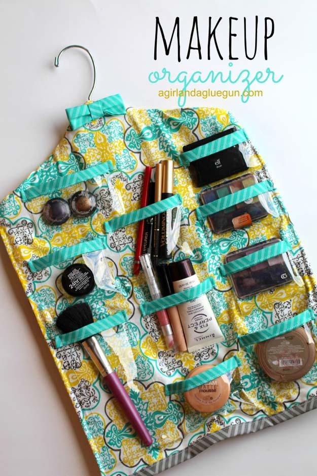 Make Up Organizer Diy  30 Best DIY Makeup Organizing Ideas