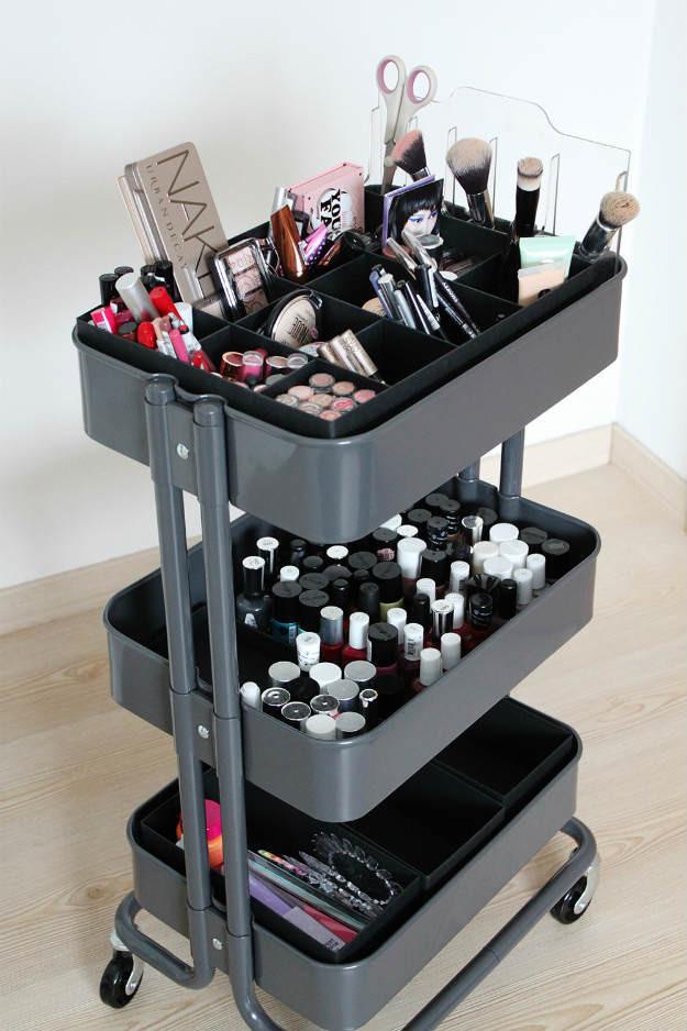 Make Up Organizer Diy  13 DIY Makeup Organizers To Give Your Makeup A Proper Home