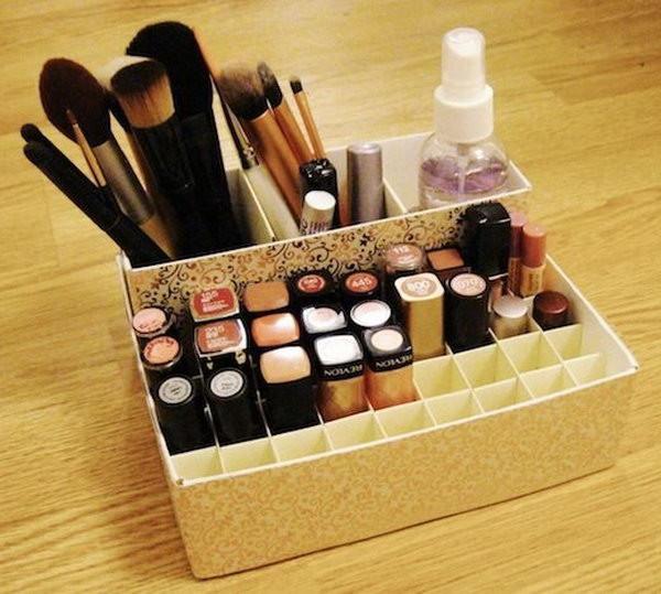 Make Up Organizer Diy  25 DIY Makeup Storage Ideas and Tutorials Hative