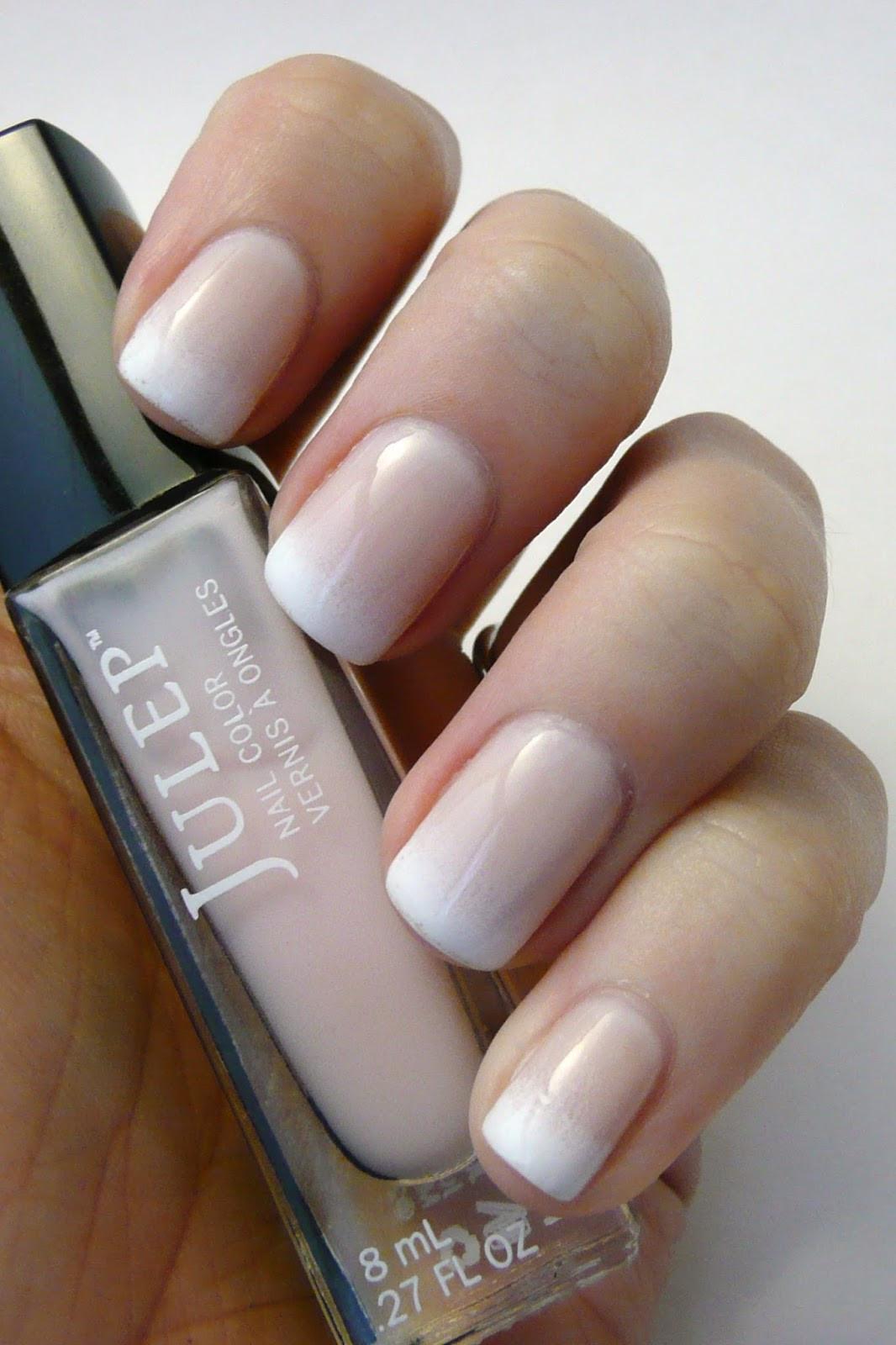 Maniküre French  Casa de Polish Gra nt French Manicure
