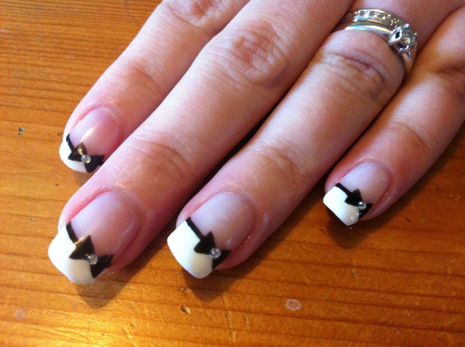 Maniküre French  Brush up and Polish up CND Shellac Nail Art French