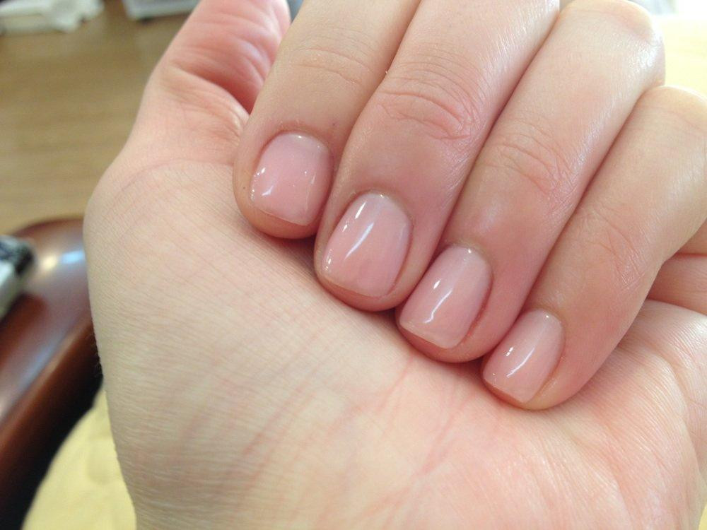 Maniküre Gel  Gel manicure on natural nails how you can do it at home