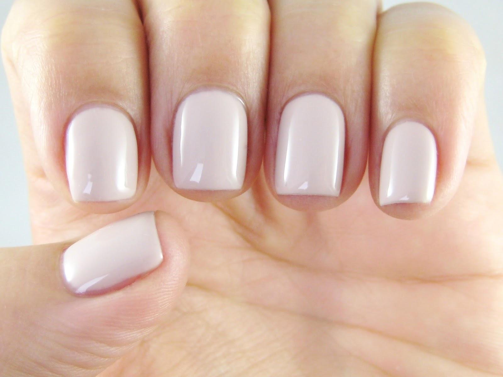 Maniküre Gel  Dahlia Nails Red Carpet Manicure DIY Gel Manicure