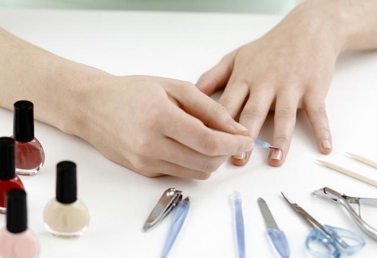 Maniküre Selber Machen Nagelhaut  Wie Sie Ihre Maniküre selber machen können nützliche Tipps