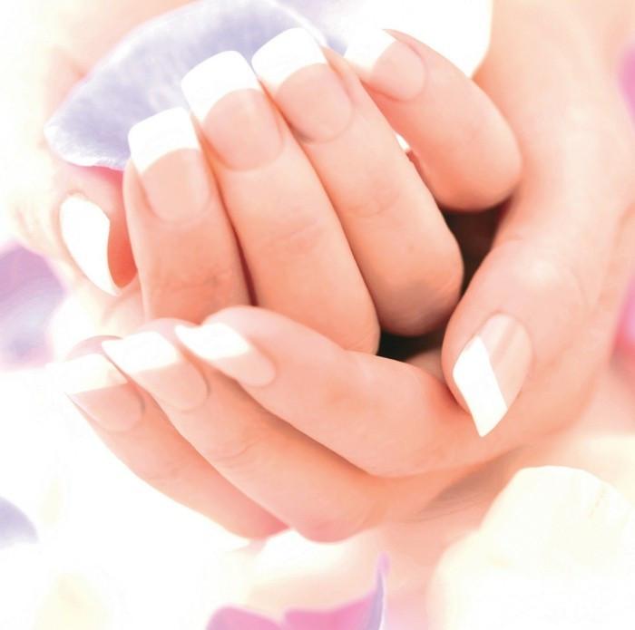 Maniküre Selbst Machen  Schöne Fingernägel für jeden Anlass Archzine