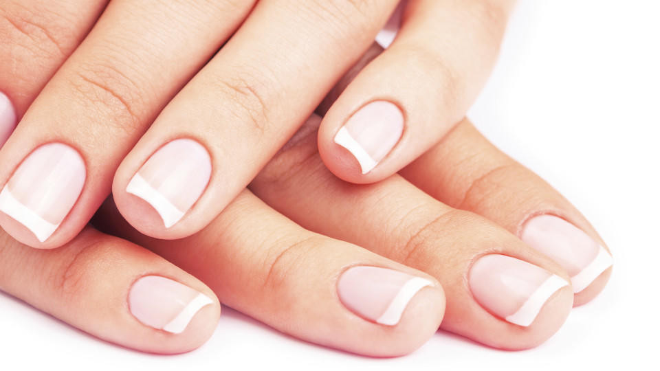 Maniküre Selbst Machen  Maniküre Nagelpflege Tipps vom Profi