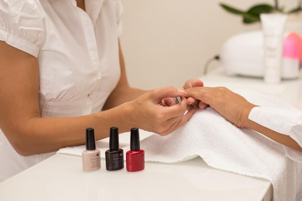 Maniküre Und Pediküre  Hand und Fusspflege ML Cosmetics Beauty Care Lenzburg