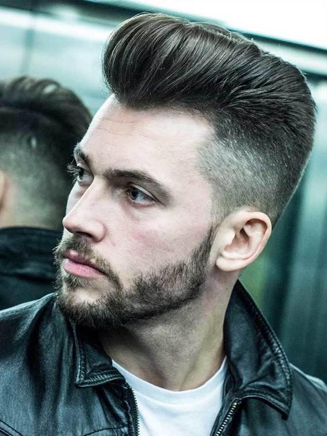 Moderne Frisuren Männer  Männer Frisuren 2018 trendige Pompadour Frisur für