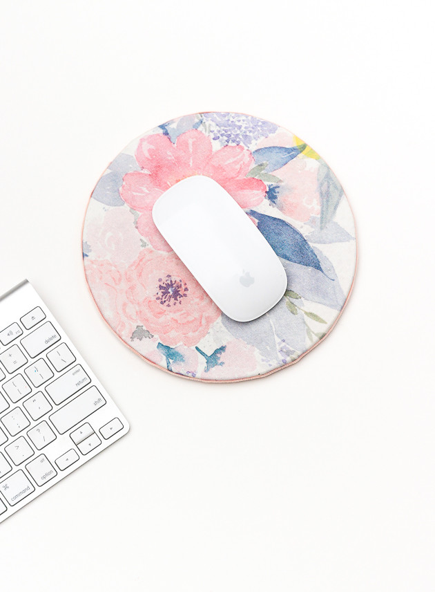 Mousepad Diy  DIY Floral Mouse Pad for Spring The Crafted Life