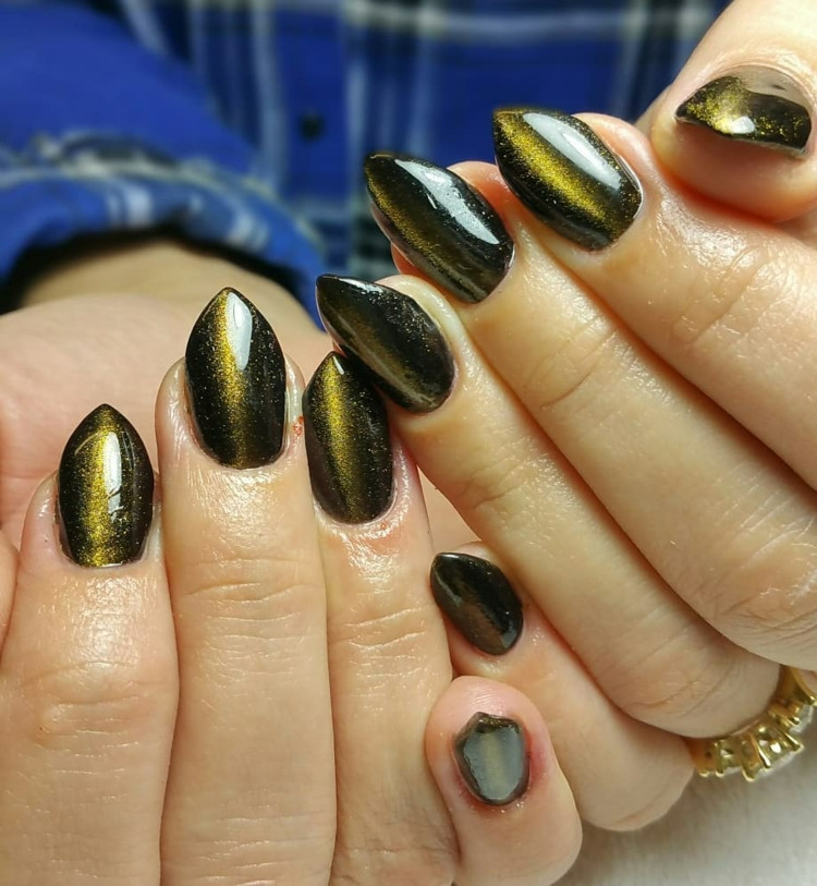 Nageldesign Ausbildung Dortmund  Cat Eye Paint Nails – einfache Anleitung und Nageldesign