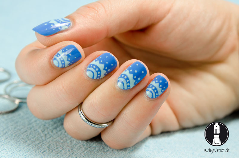 Nageldesign Blau Pink  Freehand Nageldesign Blau Mint aufgepinselt