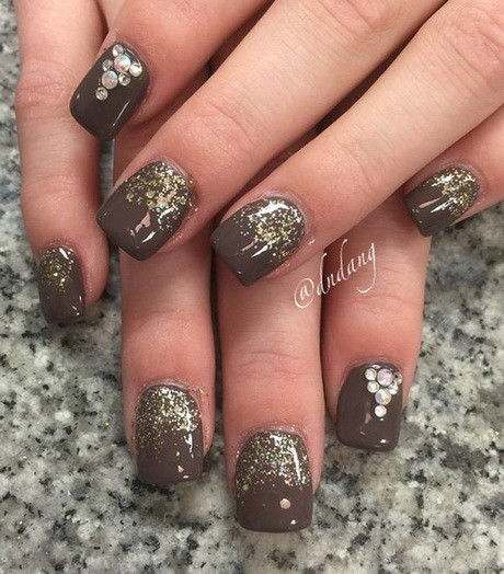 Nageldesign Braun  Nailart braun gold
