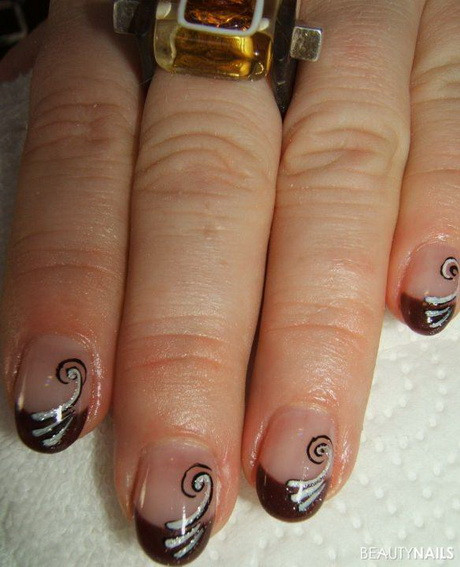 Nageldesign Braun  Nageldesign braun