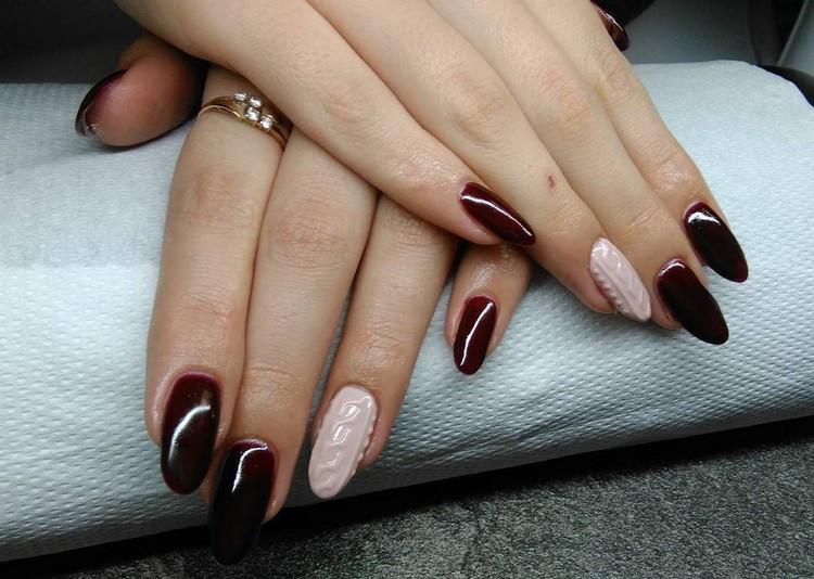 Nageldesign Dunkelrot  Nageldesign für den Winter Knit Nails als aktueller