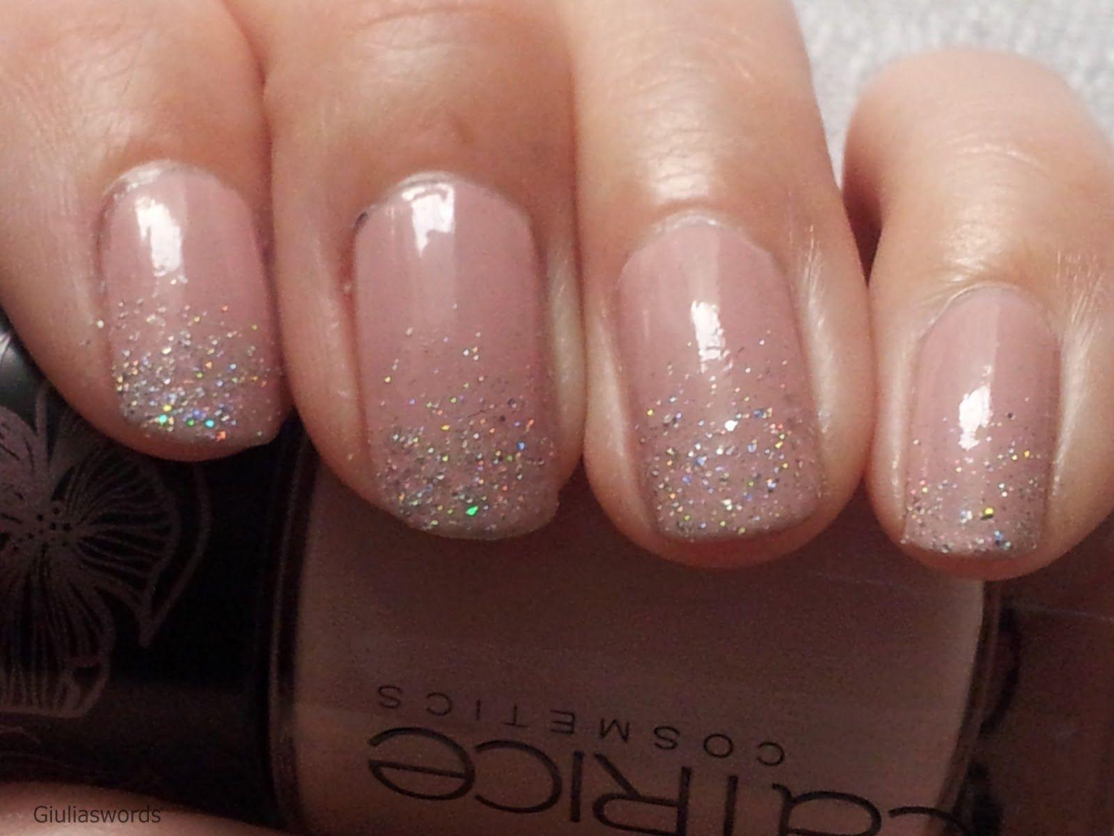 Nageldesign Elegant Dezent  Nagellack mit glitzer dezent •Nails•