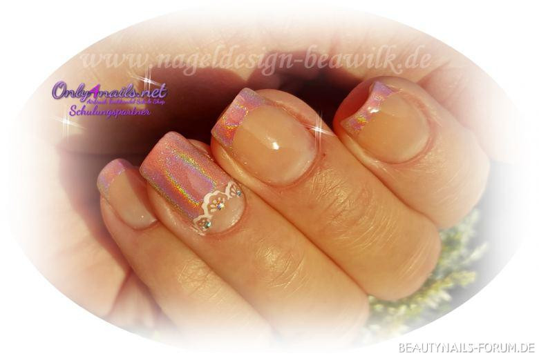 Nageldesign Forum  Nageldesign mit Hologramm in Rosa Nageldesign