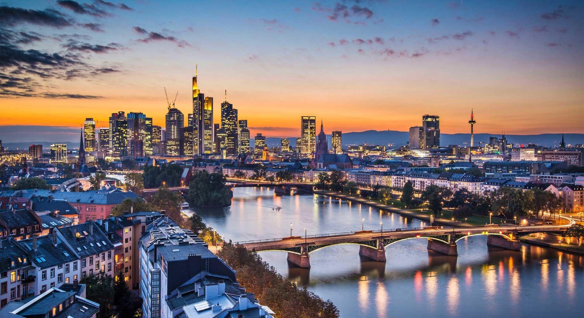 Nageldesign Frankfurt Am Main  Erfahrung in Frankfurt am Main Deutschland von Rosa