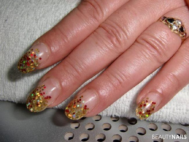 Nageldesign Gold Glitter  Gold & Rot Glitter Made by Püppie 002 Nageldesign