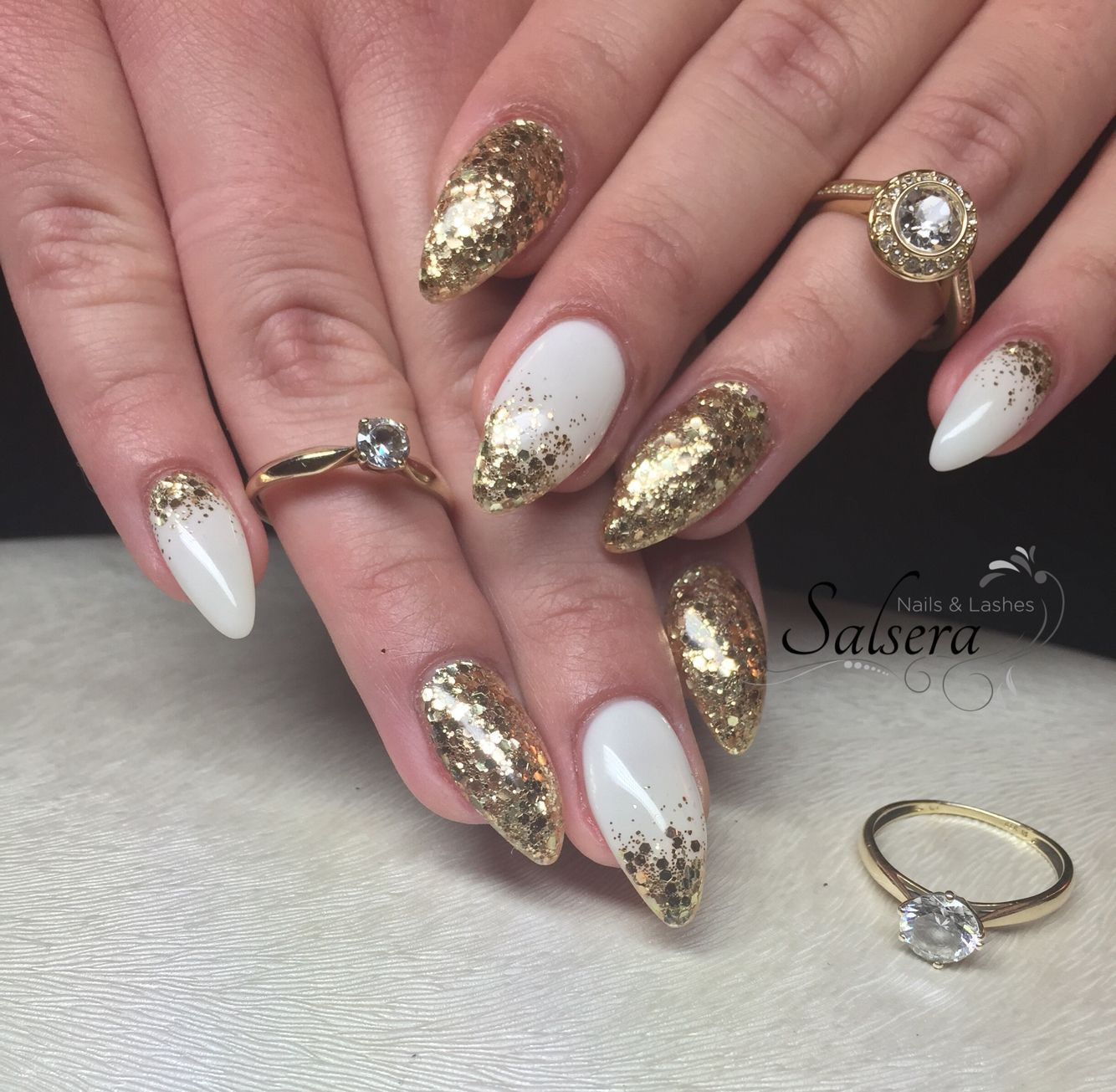 Nageldesign Gold Glitter  Nails Nägel Nageldesign Fullcover weiß white Gold Glitter