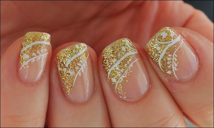 Nageldesign Gold Glitter  Nageldesign Festive Swirls