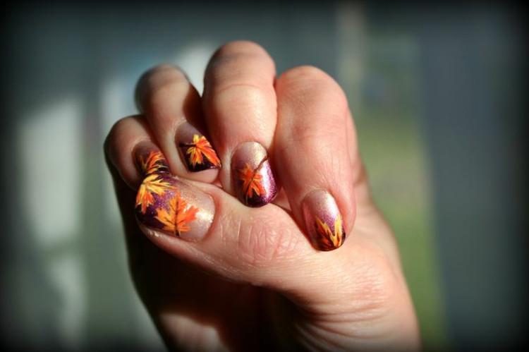 Nageldesign Herbstfarben  Bilder vom Nageldesign Herbstliche Nageltrends 2015 16