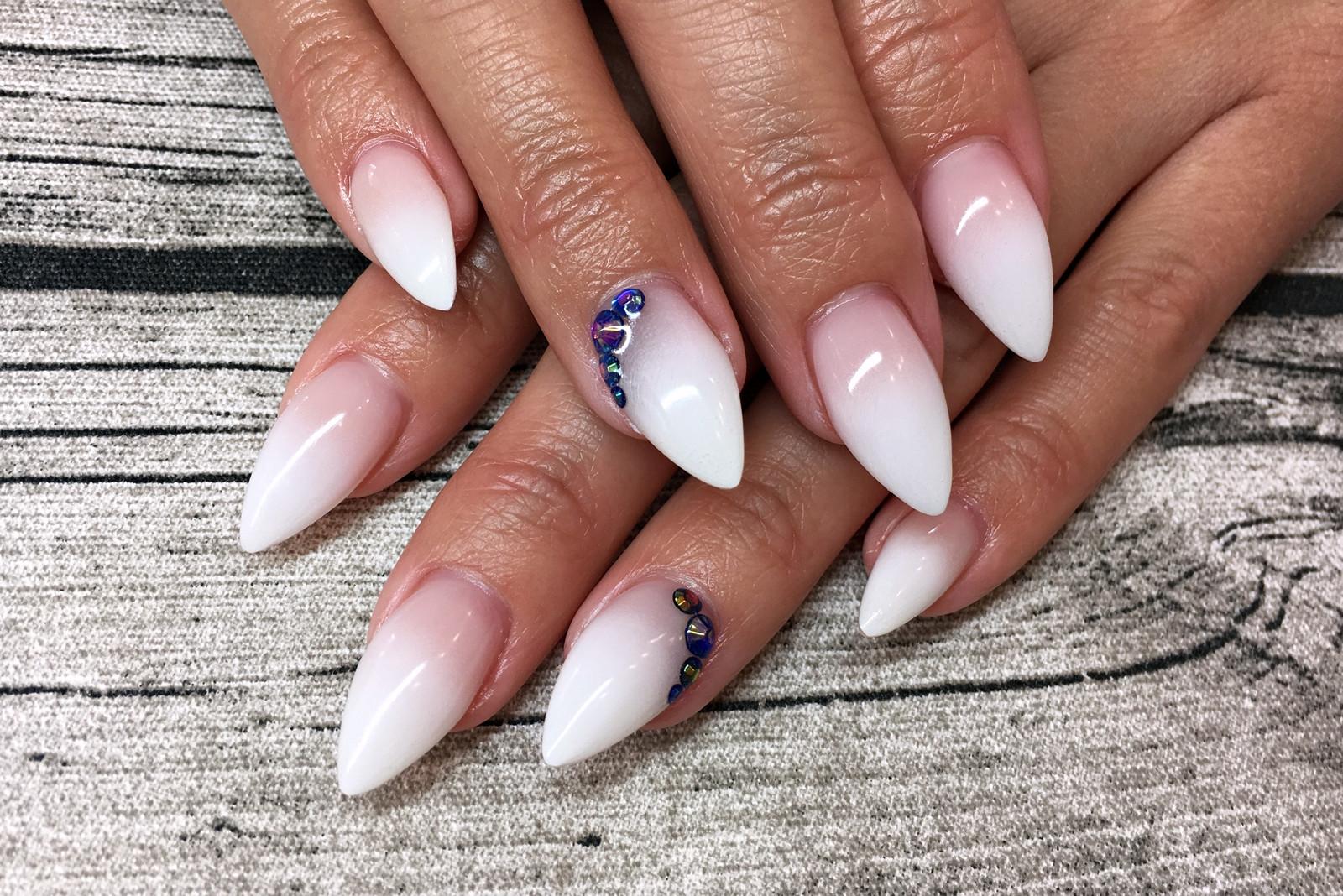 Nageldesign Mit Strass  Nail Art Inspiration 1 Fashionladyloves