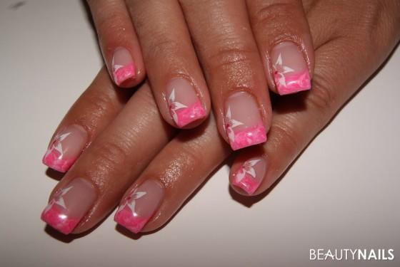 Nageldesign Pink Weiß  Urlaubsnägel Nageldesign