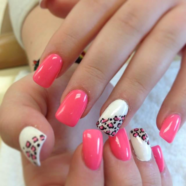 Nageldesign Pink Weiß  Nageldesign Motive 75 Ideen für attraktive Sommermotive