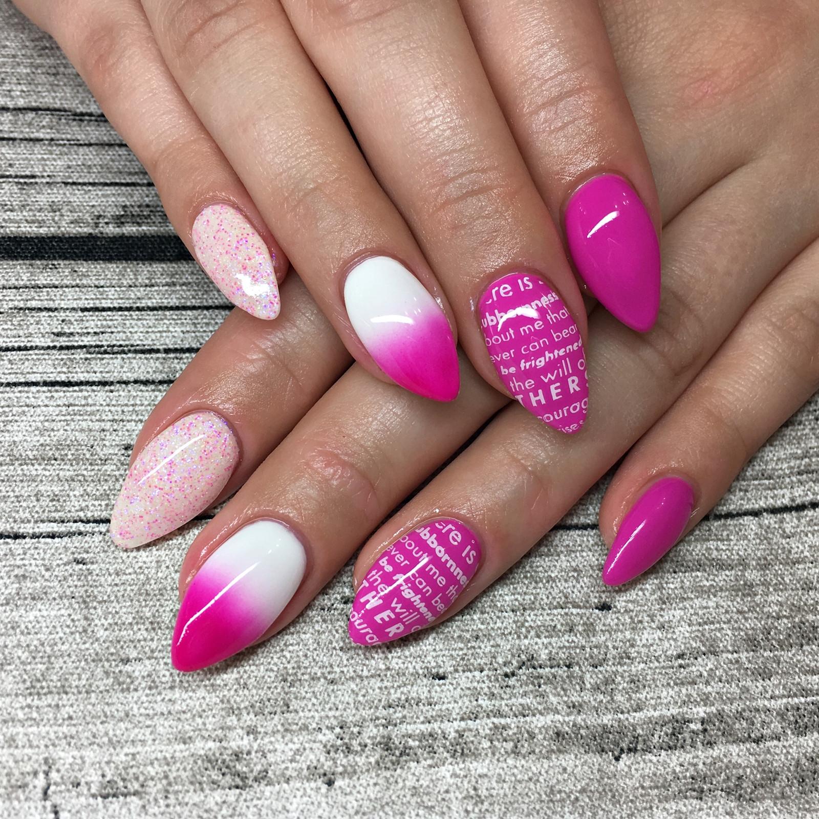 Nageldesign Schrift  Nail Art Inspiration 2 Fashionladyloves
