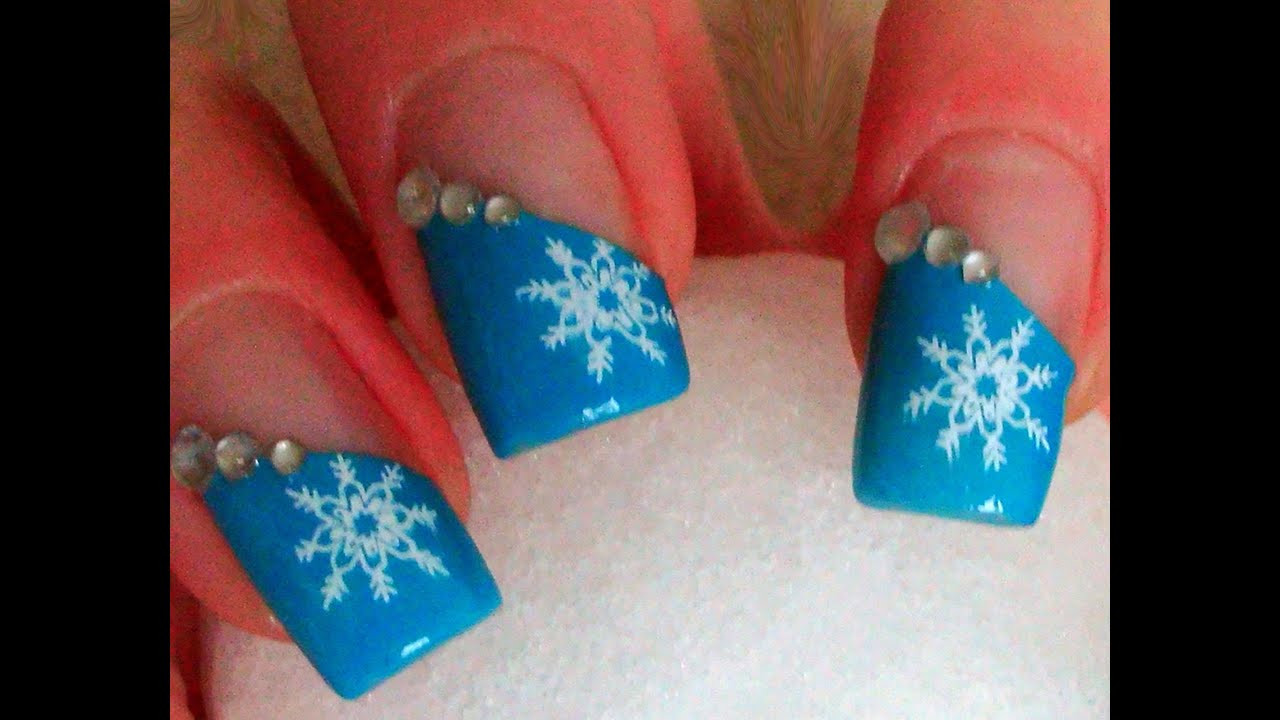 Nageldesign Selber Machen Anfänger  Schneeflocken Winter Nageldesign für Anfänger