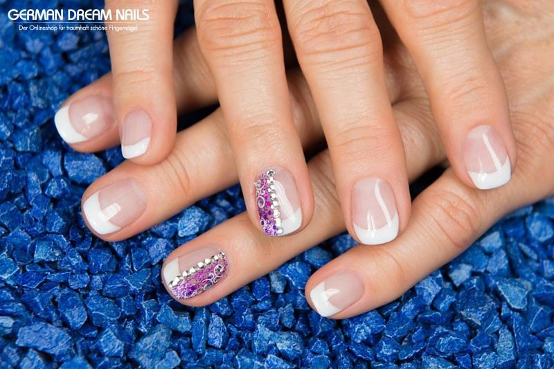 Nageldesign Set Günstig  French Nageldesign mit Gel Nagellack und Glitter