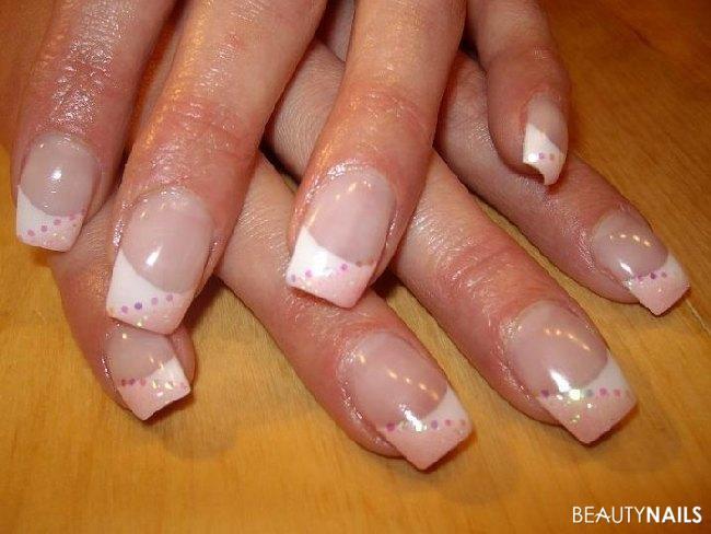 Nageldesign Weiß Glitzer  French weiß rosa Glitzer Pailletten Nageldesign