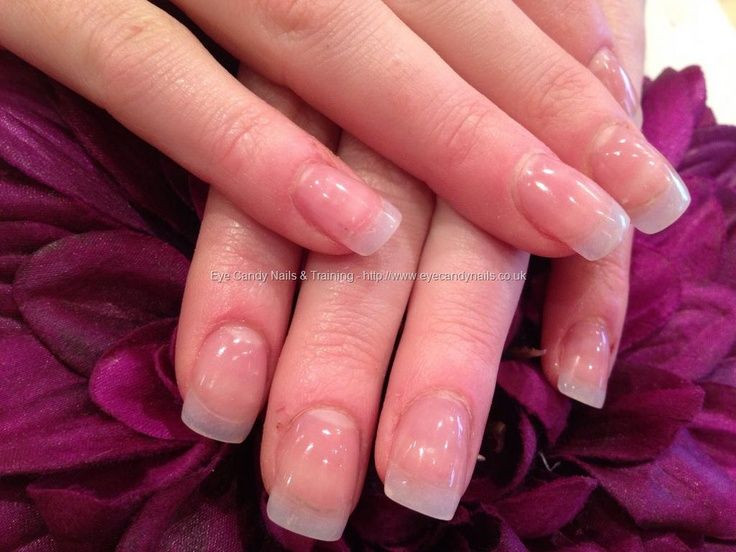 Natürliche Nageldesigns  Natural acrylic nail extensions I use to these all