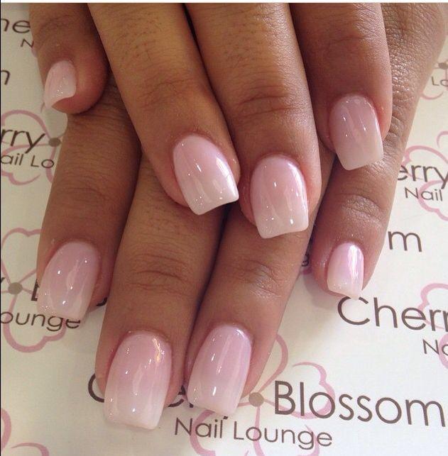 Natürliche Nageldesigns  Neutral square acrylic nails nägel