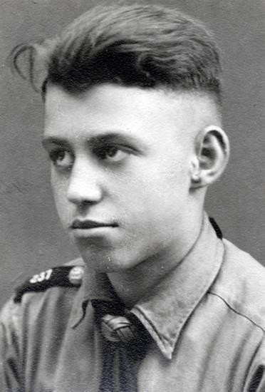 Nazi Haarschnitt  Familie Engelbert WDR Digit