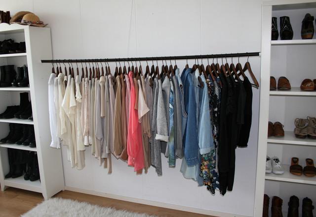 Offener Kleiderschrank Diy  Auch näher zusammen und HosenAufhängung DIY