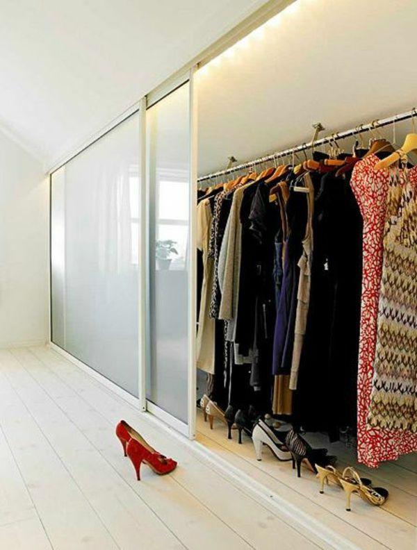 Offener Kleiderschrank Diy  Begehbarer Kleiderschrank der Traum jeder Frau