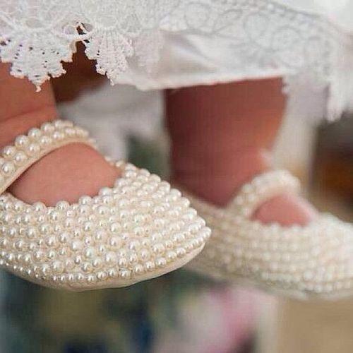 Pearl Geschenke  White Pearl Ballet Shoes épinglé par Maurie Daboux